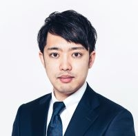 倉田さん200.jpg